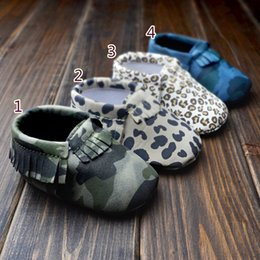 Wholesale Baby First Walker moccs Baby moccasins soft sole leather camo leopard prewalker booties toddlers infants leather shoes DHL