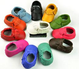 Верхние качества младенцев малышей неподдельной кожи Slip-On ботинки мальчиков девушок tassel moccasins мягкие кожаные ботинки младенца первого ходока