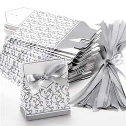 Wholesale Ribbon Wedding Candy Paper Box Creative Golden Silver Ribbon Wedding Favours Party Gift Candy Paper Box Boxes Candies Favour Boxes