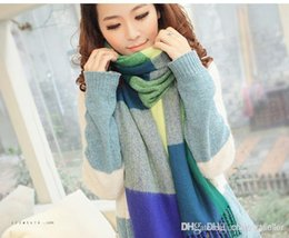 Wholesale 2014 fall and winter long colorful plaid shawl thermal chaddar tassel scarf