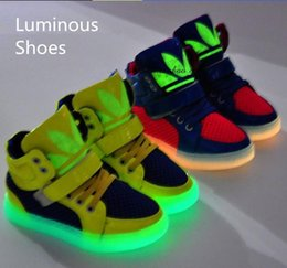 Wholesale New spring Fashion Basketball Running Children Boots Super Luminous Boys Girls Children Shoes Kids Sneakers