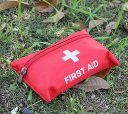 Wholesale Lowest Price Sets First Aid Kit For Outdoor Travel Sports Emergency Survival Indoor Or Car Treatment Pack Bag L168