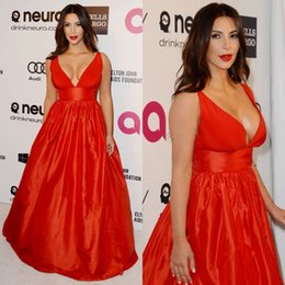 Wholesale Wonderful Sexy Kim Kardashian Satin V neck Met Gala Red Carpet Celebrity Dresses Evening Prom Dress