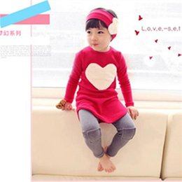 Wholesale Spring NEW Set Girls Headband Pants Tshirt kids Girls Clothes Sets Sets LOVE Shape Cute Little Baby Clothes High Quality