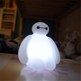 2015 Baymax USB LED Bombillas con mando a distancia de dibujos animados lindo llevó la iluminación de la noche Big Hero 6 de respiración lámpara niños regalos para niños floodlight