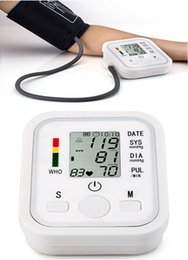 Wholesale Medical Arm Style Blood Pressure Monitor Live Voice Back Light Sphygmomanometer LCD Display Devices Appliances Digital Automatic IHB WHO tt