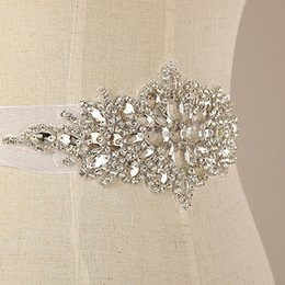 Wholesale 5pcs Luxury Crystal Clear Rhinestone Applique Motifs With Satin Ribbon Lace Sash Trim