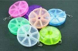 Wholesale Fashion Hot Portable Organizer Pill Round Box Slot Health Pill Box Case