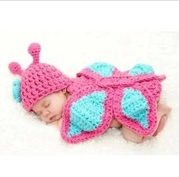 Wholesale Baby Butterfly Hat Cape Costume Set Girl Newborn Photography Props Infant Crochet Animal Beanie Hat