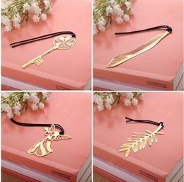 Wholesale South Korea stationery creativity mini cannes gold plated palm leaf golden key hollow metal bookmarks