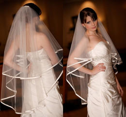 Wholesale Hot Selling In Stock Two Layers White Ivory Wedding Bridal Veils With Sparkling Ribbon Edge Tulle Romantic Veil Wedding Accessories Bridal