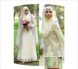 Wholesale 2015 new Islamic Wedding Dresses For Women Formal Muslim High Neck Custom Made Wed Gown Vintage Long Sleeve With Veil Luxury Wedding Dress