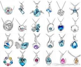 Bijoux fantaisie Haute qualité cristal autrichien CZ diamants pendentif bijoux femmes collier 24pcs style facultatif Livraison gratuite