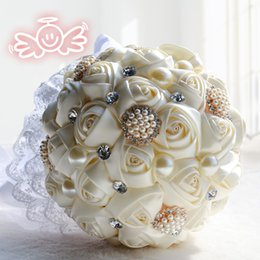 Wholesale Cream Pink Purple White Bridal Wedding Bouquet Wedding Decoration Artificial Bridesmaid Flower Crystal Pearl Silk Rose