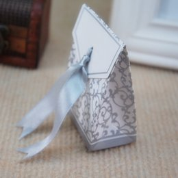 Wholesale 100pcs Silver Gold Wedding Favor Boxes Candy Paper Bags Casamento Wedding Favors And Gifts Event Party Supplies Box