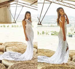 Wholesale White Lace Wedding Dresses Appliques Halter Hollow Backless Front Split Sweep Train Beach Bridal Gowns Country Style Boho Wedding Dress