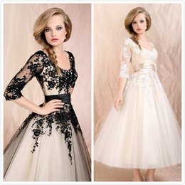 Wholesale Stock Short Prom Dresses Half Sleeve Short Party Formal Homecoming Black White Ball Gown Wedding Dress Bridal Stock