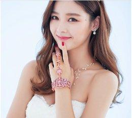 Wholesale New Fashion Eegant Wedding Bridal Jewelry Crystal Rhinestone Finger Ring Bracelet Wristband Bracelet Color ring bracelet