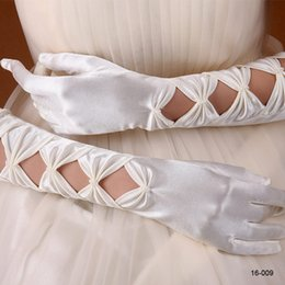 Wholesale Amazing White Or Ivory Accessories Stretchy Satin Beaded Full finger Hollow Pearls Wedding Bridal Gloves Cocktail Gloves