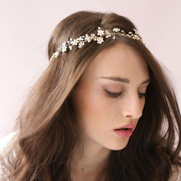 Wholesale New Arrival Bridal Headpiece Handmade Beaded Bridal Headbands Pearls Cheap In Stock Head Accessories tiaras For Wedding Dresses