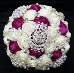 Wholesale New Fuchsia Beige Wedding Bouquets Personalized Holding Flowers Artificial Satin Rose Pearls Rhinestone Wedding Supplies for Bride CGL5