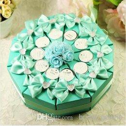 Wholesale Colourful cm Wedding Supplies Favor Holders Wedding sweet box type creative cake candy box triangle and joyful one