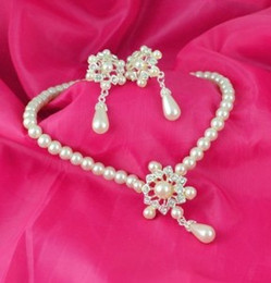 Wholesale imitation pearl jewelry set pearl necklace and earring set wedding bride jewelry bridal dress party jewelry set LG186