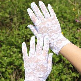 Wholesale 2015 Hot Sale Women Wedding Bridal Lace Gloves Accessories Bride Tulle Flowers Hollow Short Ruffles Glove Car Drive Sun Protection Hand Wear