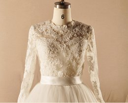 Wholesale Custom Made Long Sleeve Lace Vintage Lace Up Back Winter Bridal Jackets Wedding Accessories