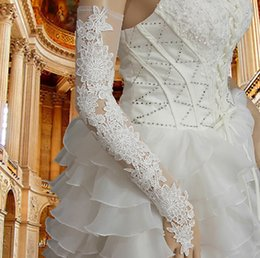 Wholesale Luxury Lace Appliques Wedding Gloves White Long Bridal Accessories Fingerless Diamond Crystlas Gloves For Wedding VT