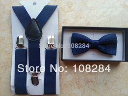 Wholesale hot selling dark blue navy blue suspenders and bow ties navy blue polka dots years