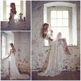 Sparkly Backless Elegante Vintage Encaje Imperio Vestidos de novia del arco de hombro Sash largo tren de la corte Nuevo vestido nupcial por encargo W619