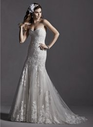 Wholesale 2015 Romantic lace adorns slim A line Tulle Sleeveless wedding dress accented with Swarovski Crystals Sweetheart Covered Button Applique