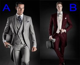 Wholesale Custom Made Groom Tuxedos Groomsmen Morning Style Style Best man Peak Lapel Groomsman Men s Wedding Suits Jacket Pants Tie Vest J711