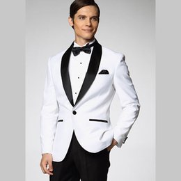 Wholesale 2015 Western Mens Wedding Tuxedos For Grooms Wear Slim Fit Best Mans Groomsmen Suits Prom Evening Party White Man Suits Jacket Black Lapel