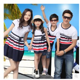 Wholesale promotion Family clothing set fashion summer family set clothes for mother and daughter father and son stripe o neck dress t shirt