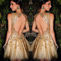 Wholesale Wow Gold Backless Prom Dresses High Neck Illusion Bodice Appliques Short Modest galajurken ballkleider Evening Party Dress For Woman