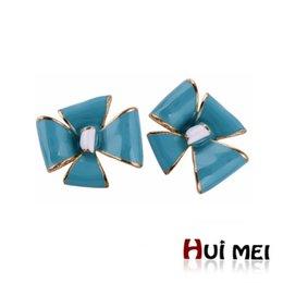 Wholesale Noble Cute Lucky Enameling Statement Gold Plated Stud Earrings Bijoux for Women Girls