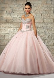 Wholesale 2015 Quinceanera Dresses Sequined Beaded Sweetheart Sleeveless Organza Luxury Charming Ball Gown Quinceanera Gowns With Tiers