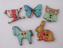 Wholesale 5 boutons animaux imprimés faits à la main boutons en bois pour les enfants mélangés vêtements trous boutons de couture dos plat