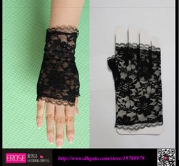 Wholesale Black New Beautiful Bridal Accessories Lace Appliques Bridal Gloves New Coming