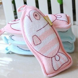 Wholesale 2 baby toy fish bath Brushes children towel foam bathwater soft bath towel Bath Sponges Scrubbers Healthy Bath