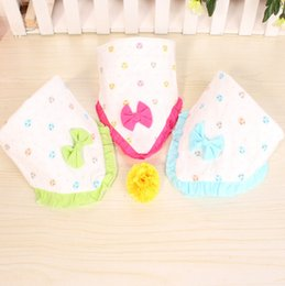 Wholesale High Quality Waterproof Lace Saliva Towel Infants And Young Children Cotton Cartoon Triangle Towel Baby Products Baby Bibs Burp Cloths BIB06