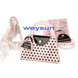 Wholesale Pink Polka Dot Purse Manicure Sets Popular IN Travel Manicure Kits Stainless Steel Material High Quality Hot Sale