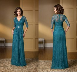 Wholesale In Stock Plus Size Mother Of Bride Groom Dresses Sexy V Neck A Line Floor Length Lace Charming New Fashion Mum Evening Dress Prom Gown
