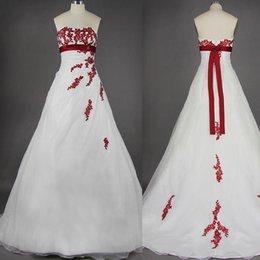 Wholesale 2015 свадебные платья невесты органзы лук красные и белые линии свадебных платьев кружева развертки поезд бисера блестки аппликация спинки плюс размеры