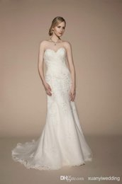 Wholesale 2015 Beautiful Sweetheart Birdal party Gowns A Line Pleats Applique and Beads Sleeveless Court Train Lace up Tulle Seath Wedding Dresses