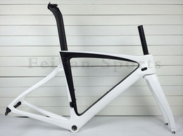 New arrival 1k or 3K carbon road bike frames 950-958 carbon frameset glossy matte carbon bike frame accept customized road bike carbon frame