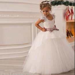 Wholesale 2016 Flower Girl Dresses with Sashes Cap Sleeves Ball Gown Party Pageant Dress for Little Girls