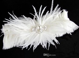 Wholesale Modest Design Sexy lingerie Lace Bridal Garters Beautiful High Quality White Feather Crystal Wedding Leg Garters Wedding Accessories